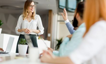 Saiba 5 vantagens da consultoria em tecnologia educacional