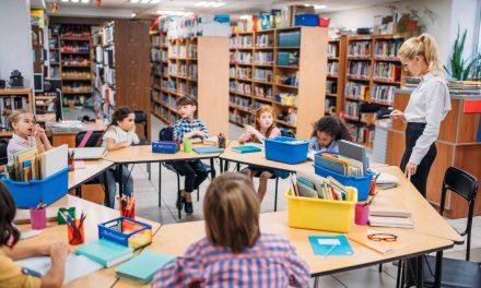 Sala de aula invertida: o que é e como se beneficiar com ela?