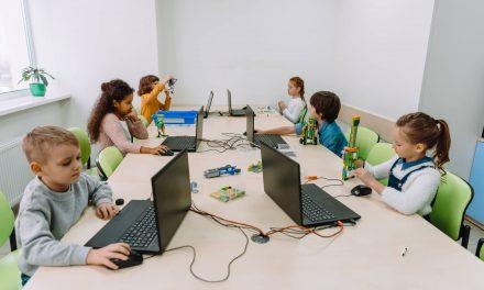 Como uma sala de aula moderna ajuda a criar profissionais para o futuro?